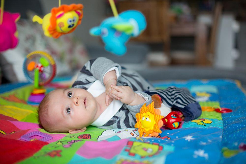 Hračky bábätká zaujmú